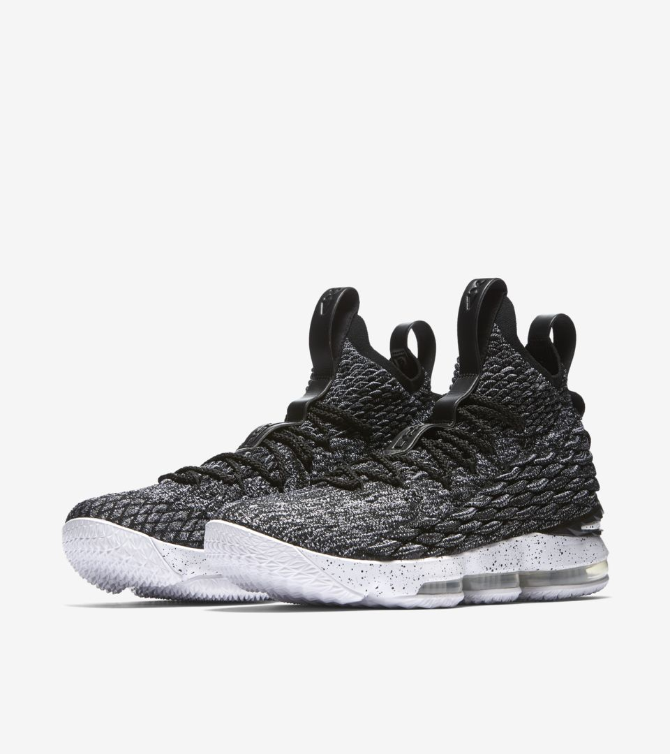 Nike Lebron 15 'Ashes' Release Date