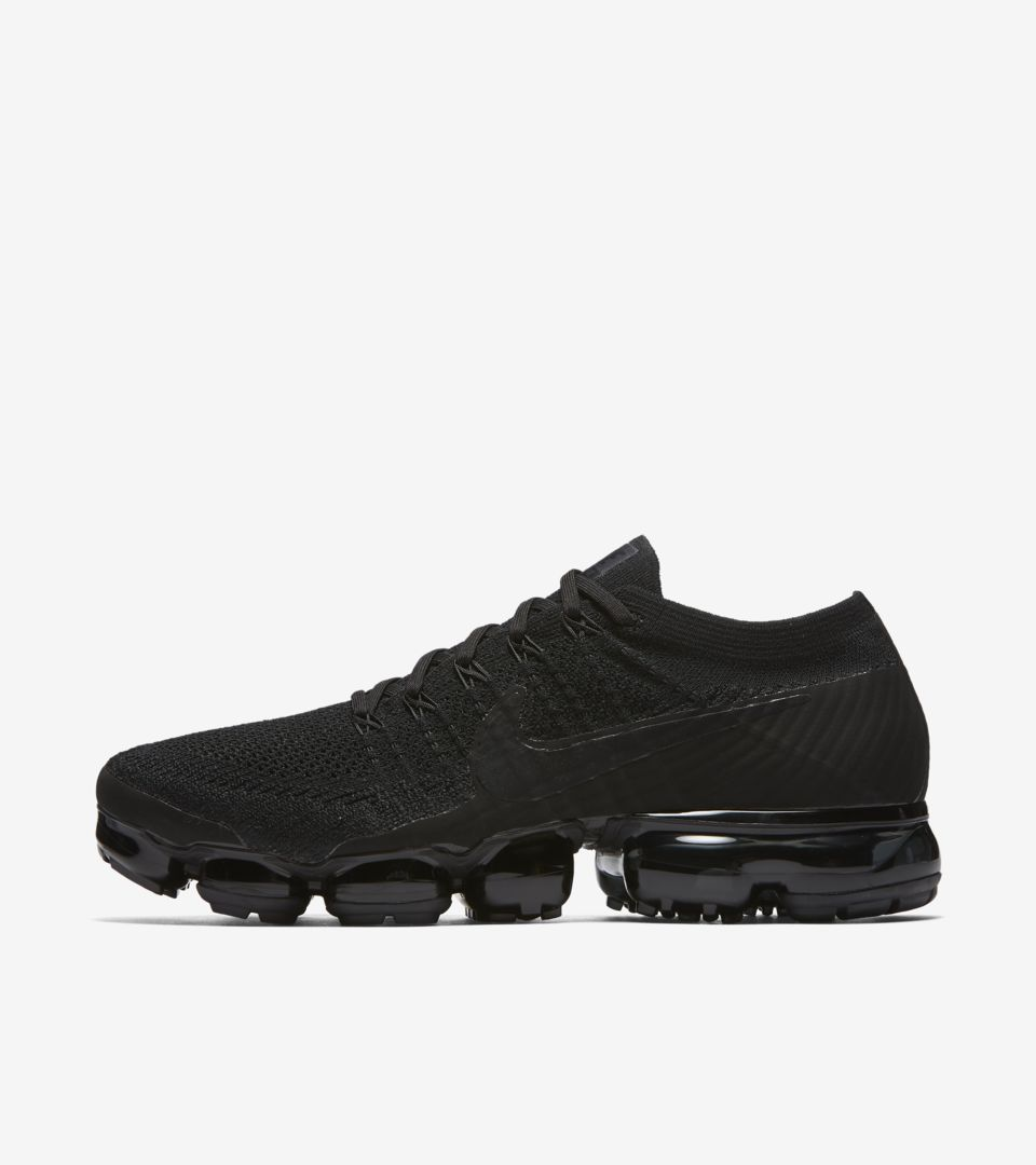 Nike Air Vapormax 'Night' Release Date. Nike SNKRS