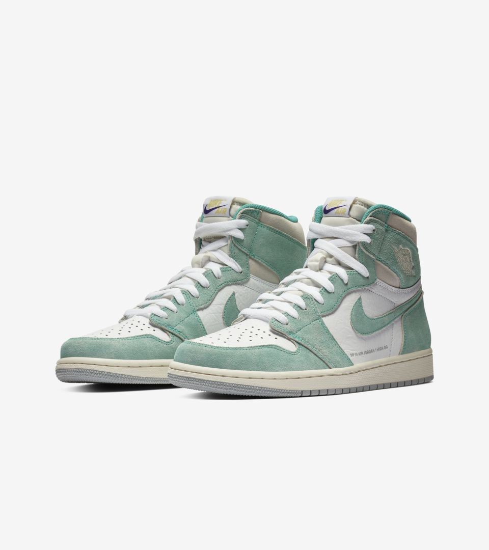 Air Jordan 1 'Turbo Green and White and Light Smoke Grey' Release ...