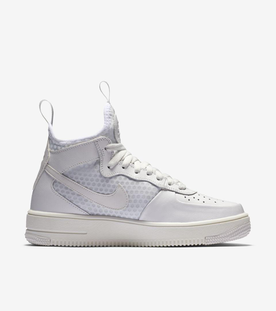 Nike Air Force 1 UltraForce Mid
