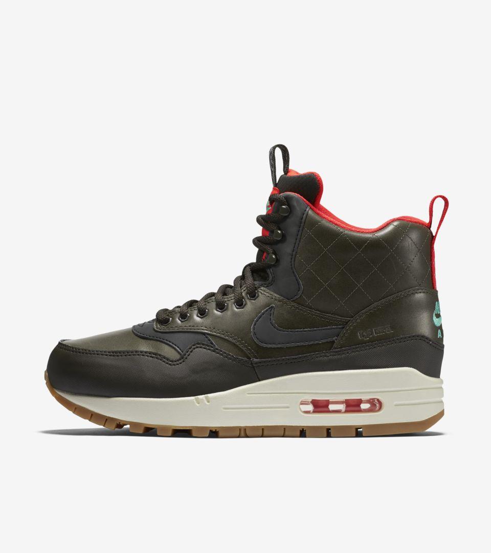 Nike Air Max 1 Mid SneakerBoot
