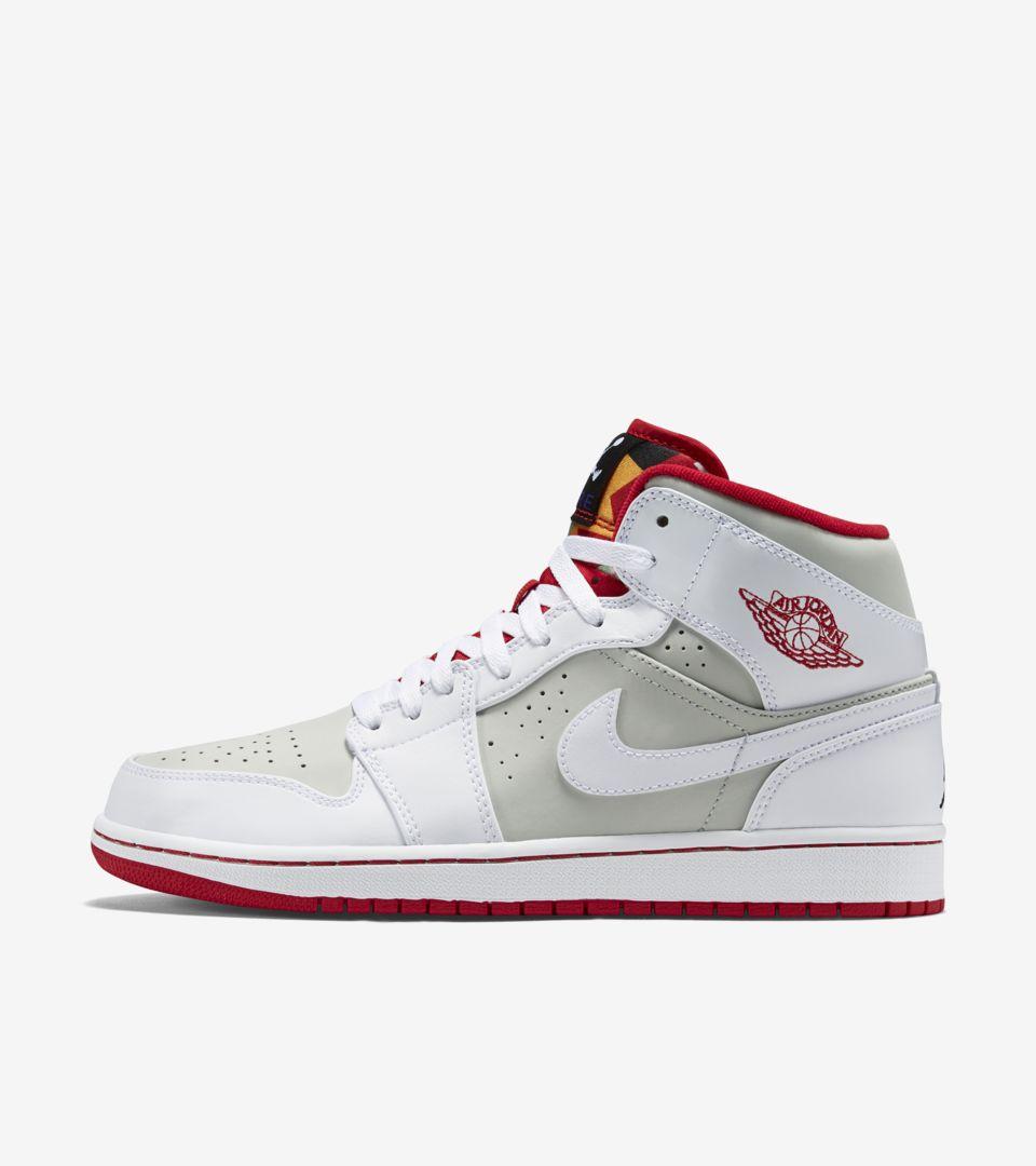 Air Jordan 1 Mid WB