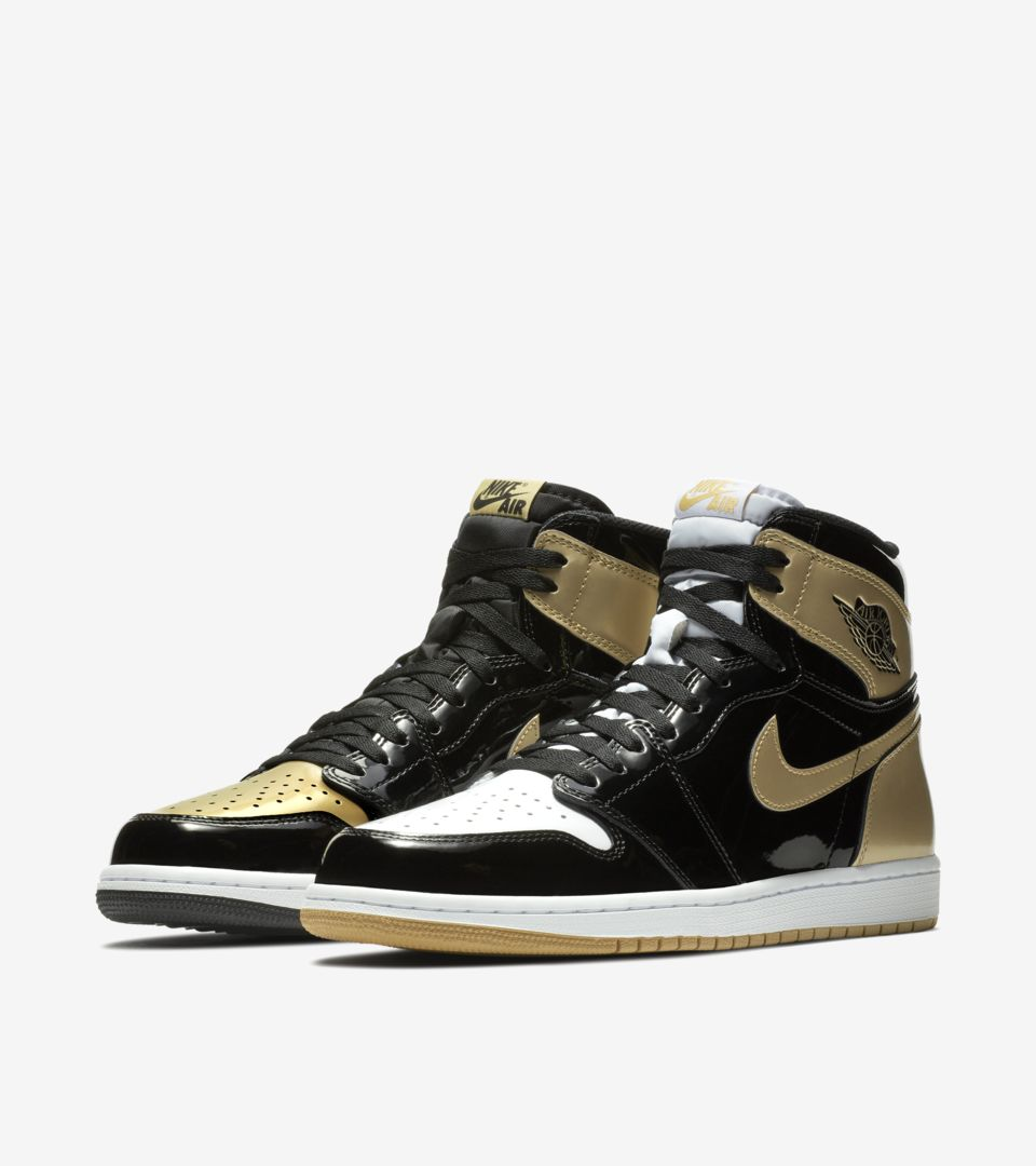 Date de sortie de la Air Jordan 1 Top 3 « Black & Gold & ...