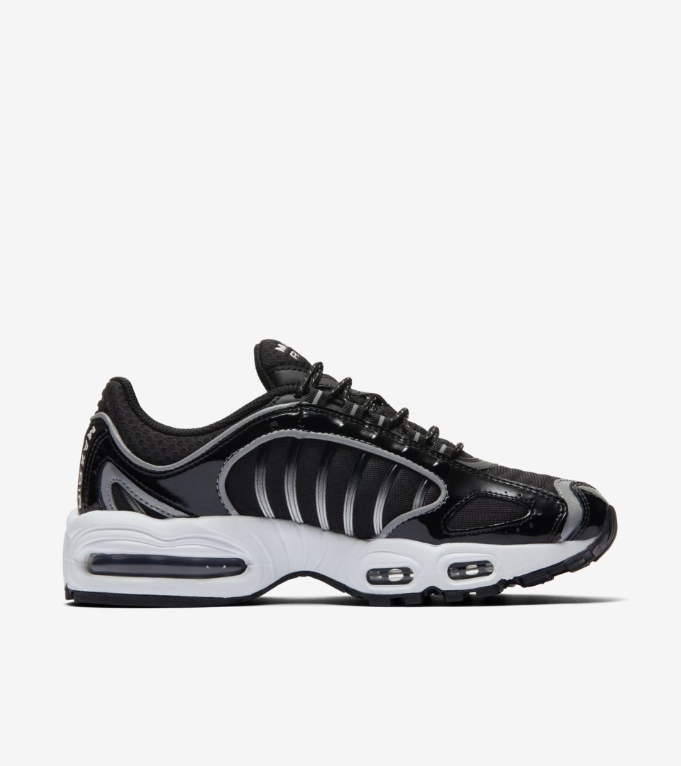 Women's Air Max Tailwind '99 'Black/White' Release Date. Nike SNKRS ID