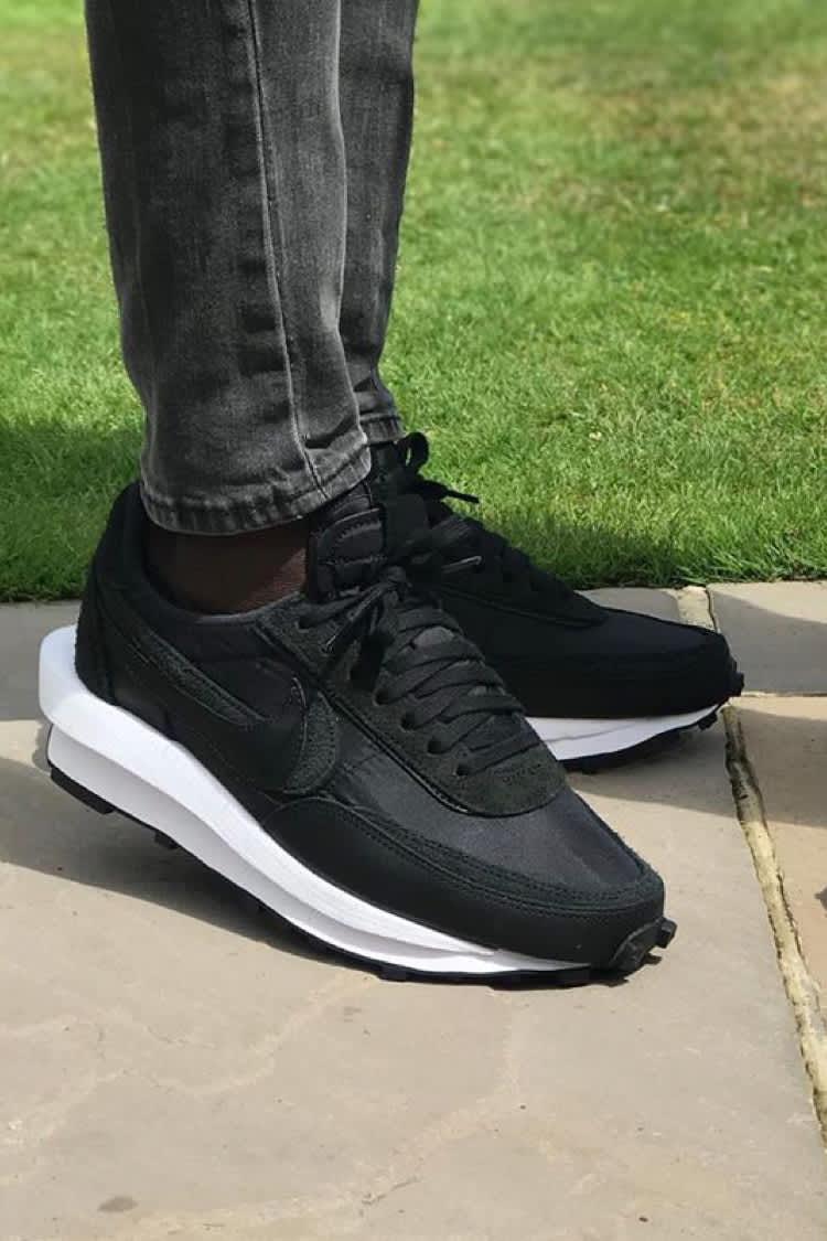 Nike SNKRS TR