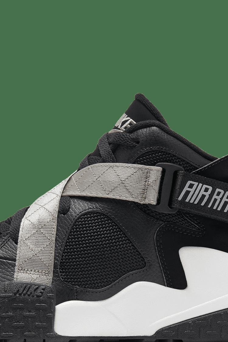 Air Raid 'Black' Release Date. Nike SNKRS