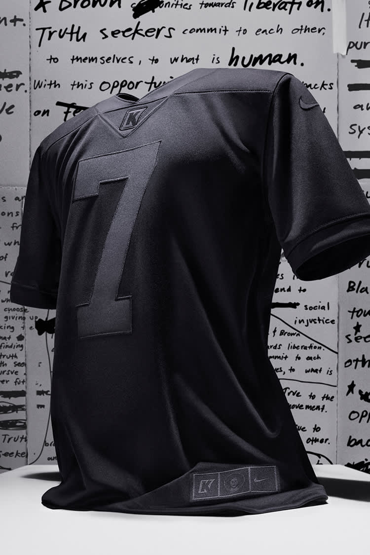 colin kaepernick jersey
