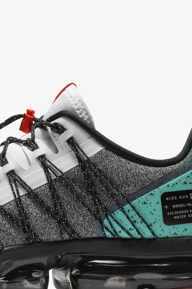 Nike Air Vapormax Run Utility 'White & Tropical Twist' Release ...