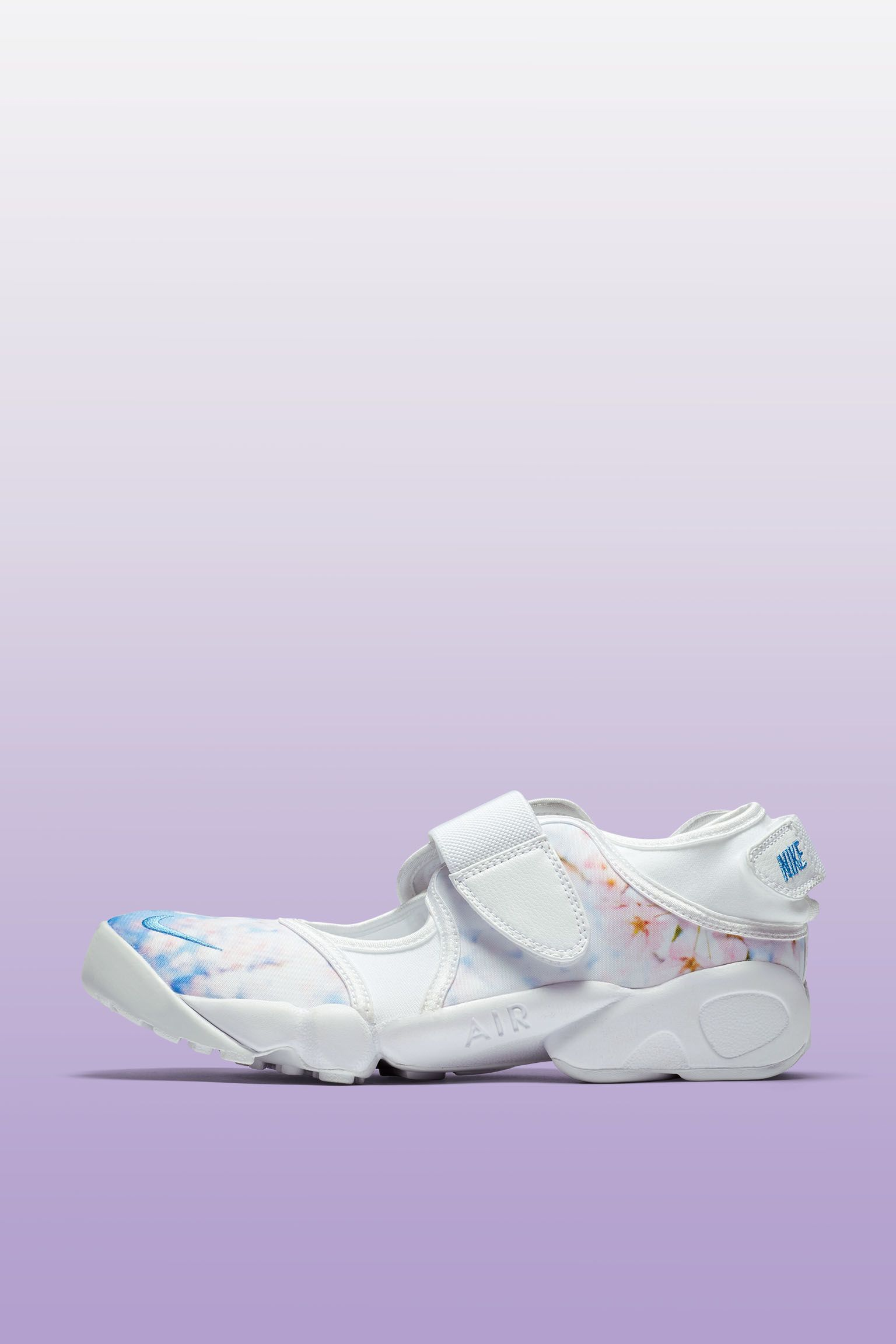 Nike Air Rift « Cherry Blossom » pour Femme. Nike SNKRS FR