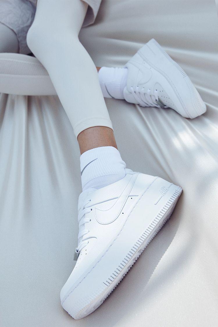 Nike Air Force 1 Sage Low