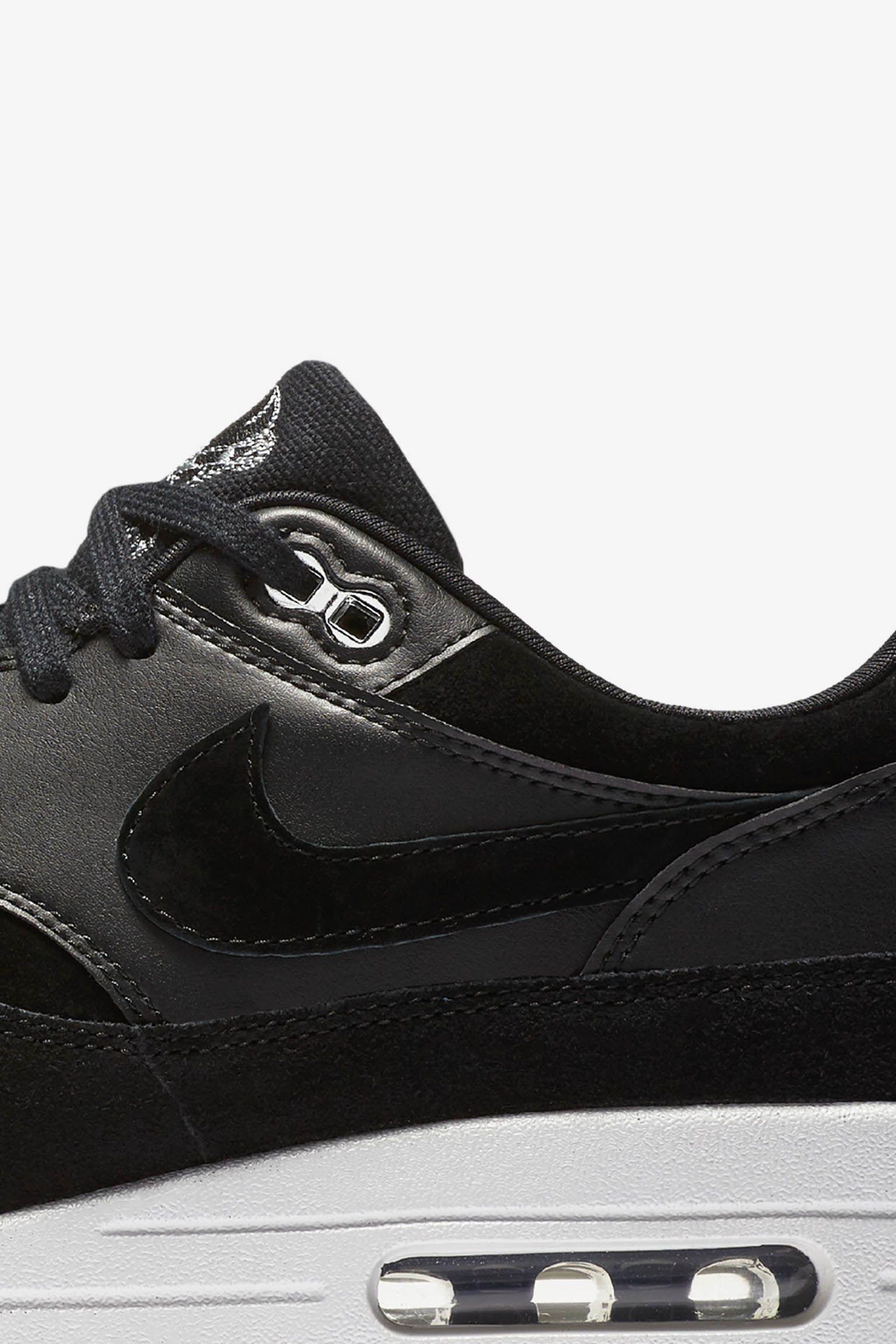 Date de sortie de la Nike Air Max 1 Premium « Black & Off ...