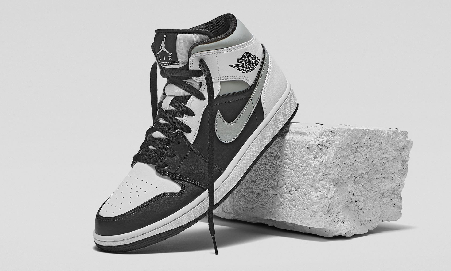 Obligar Tesauro Corrupto  Calzado Air Jordan 1 Mid. Nike MX