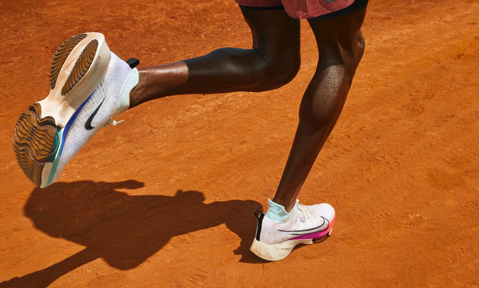 Nike Air Zoom Tempo Next% Zapatillas de running - Hombre. Nike ES