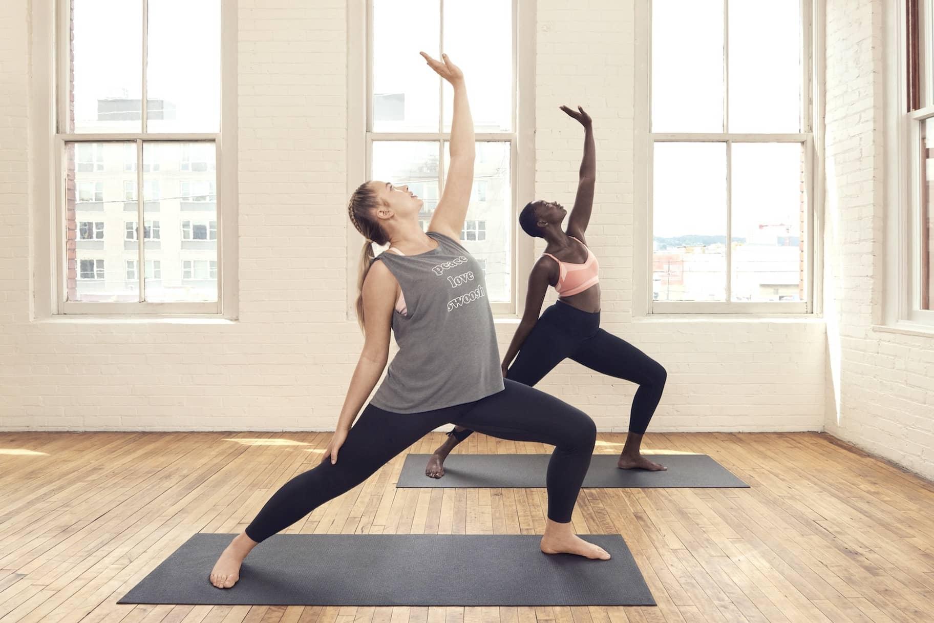 So findest du die richtige Yogabekleidung