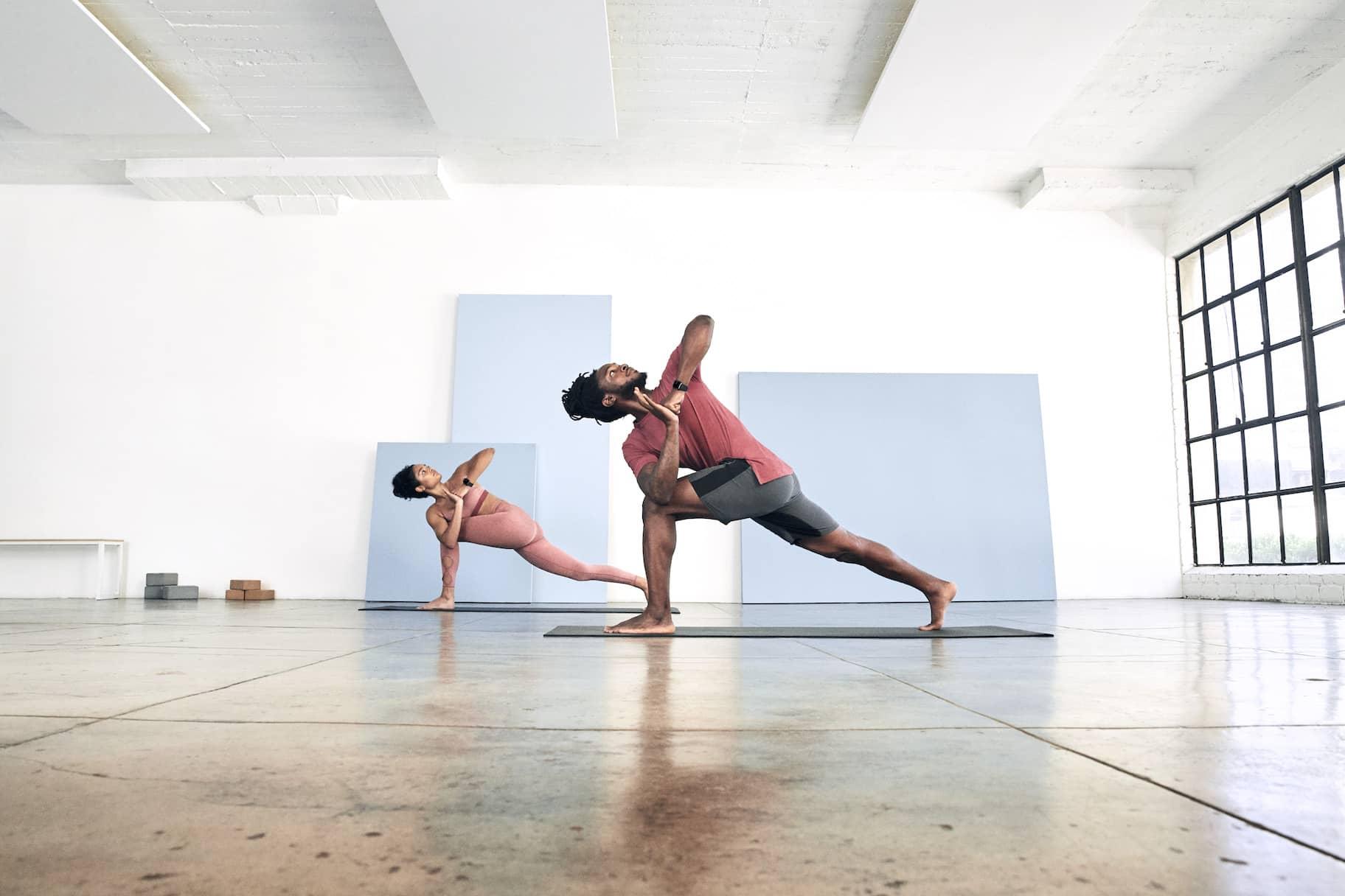 Nueve posturas de yoga para aliviar el estrés