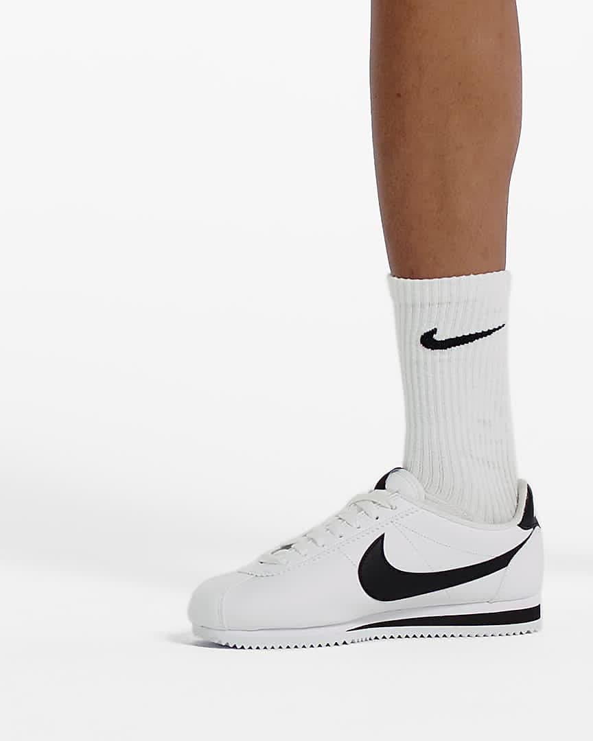 Nike Classic Cortez Women's Shoe. Nike LU