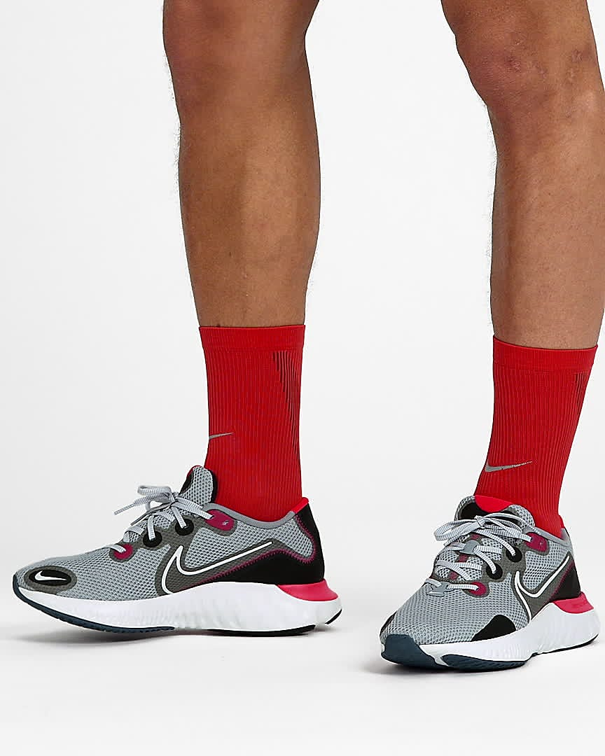 nike running shoes styles