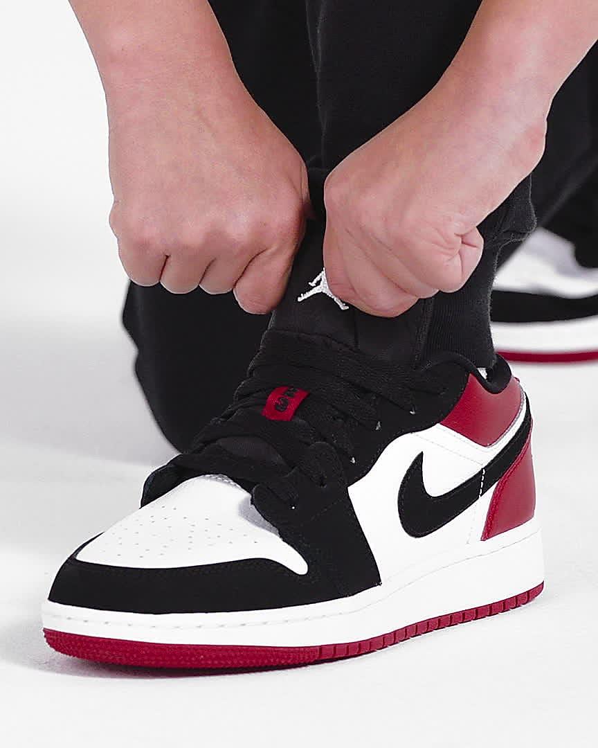 Air Jordan 1 Low Big Kids' Shoes. Nike JP