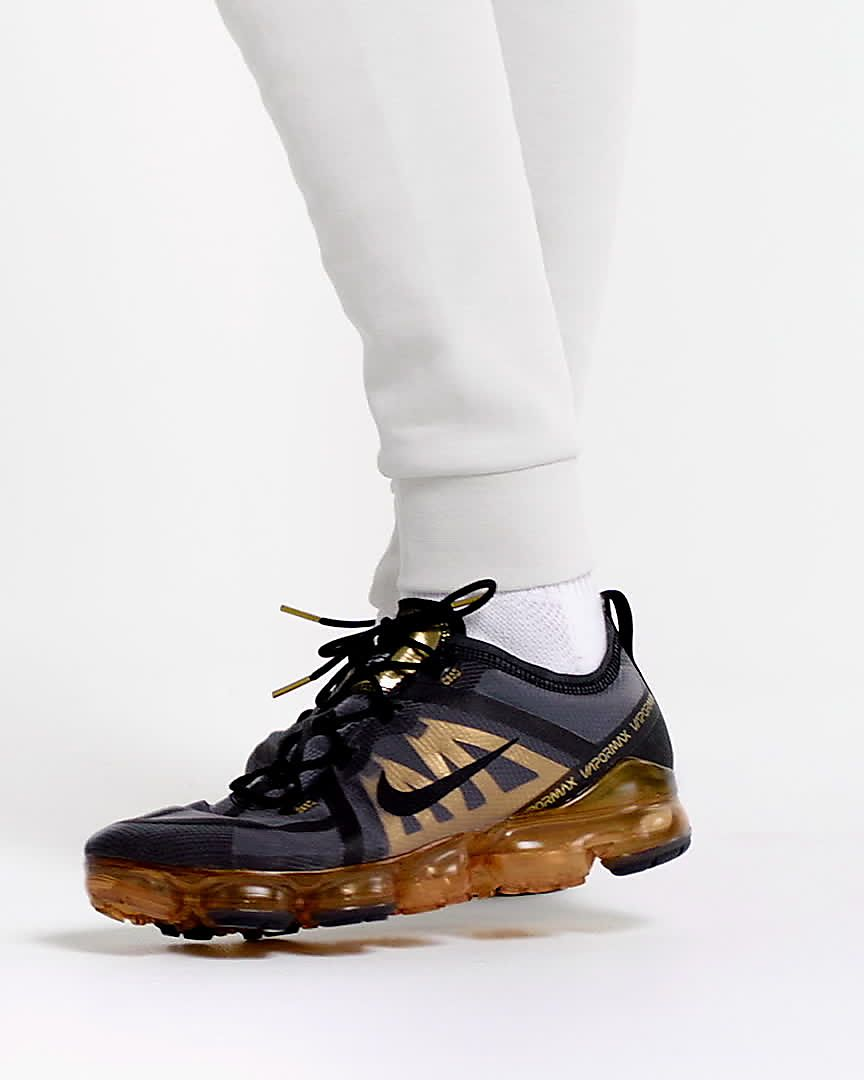Nike Air VaporMax 2019  Black Metallic Gold Black Men/'s Trainers All Sizes