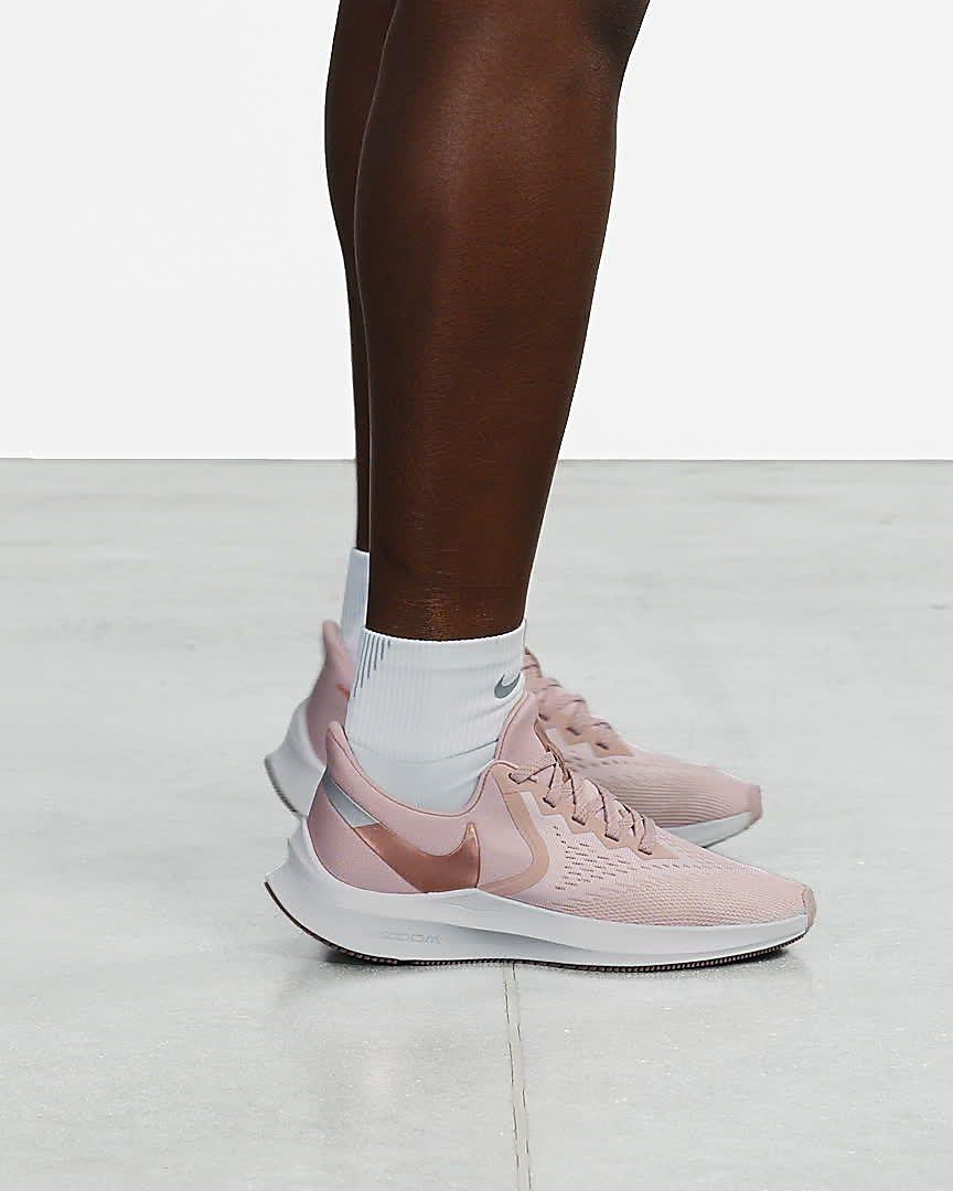 nike women's air zoom winflo 4 running shoes