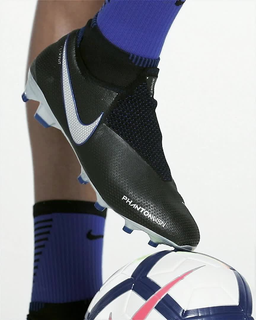 Nike Phantom Vision Elite Direct Fit Firm Ground Soccer Cleats