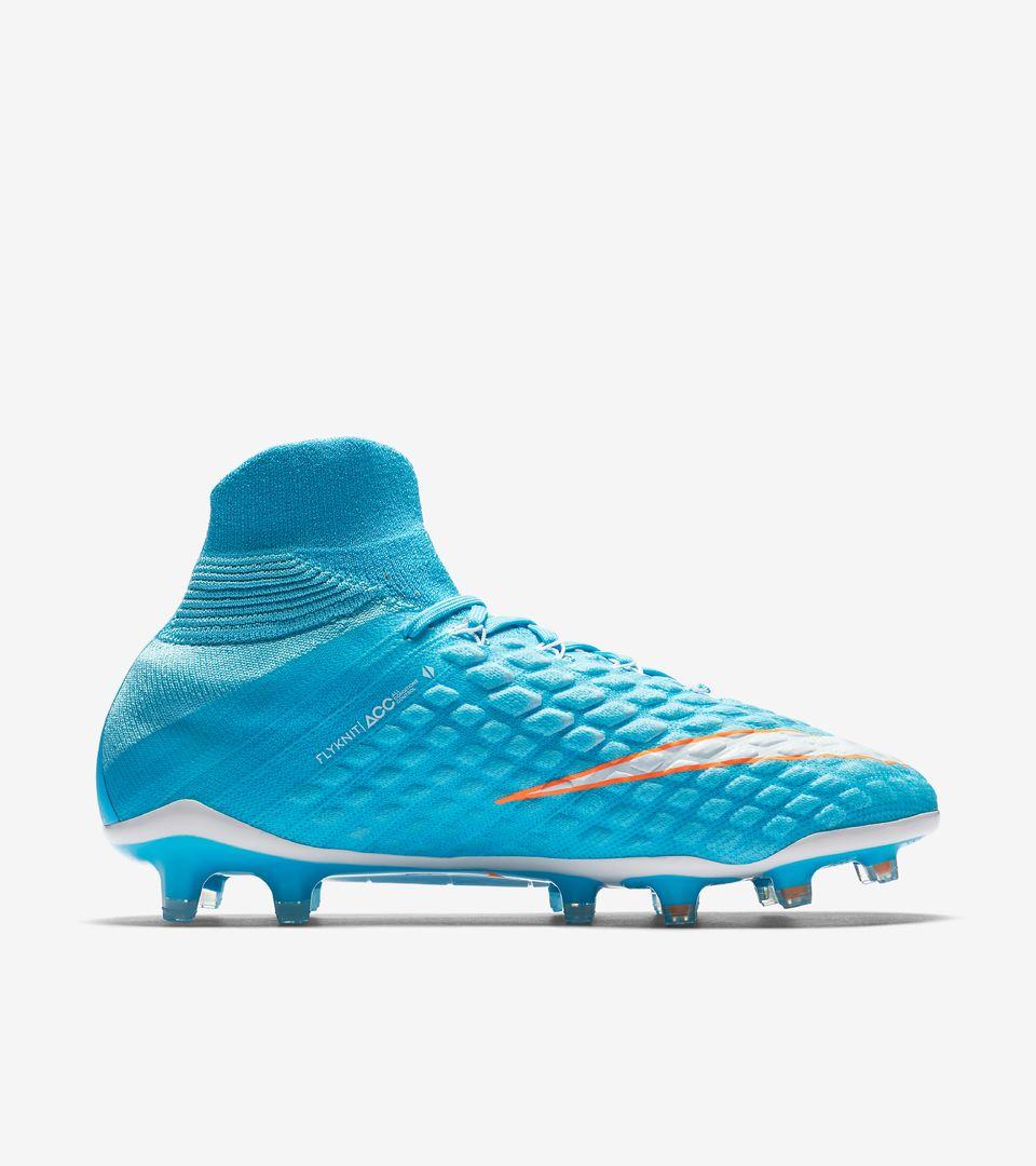 best sneakers 15d3c f79d4 Nike Women's Hypervenom Phantom 3 DF 'Motion Blur'. Nike.com