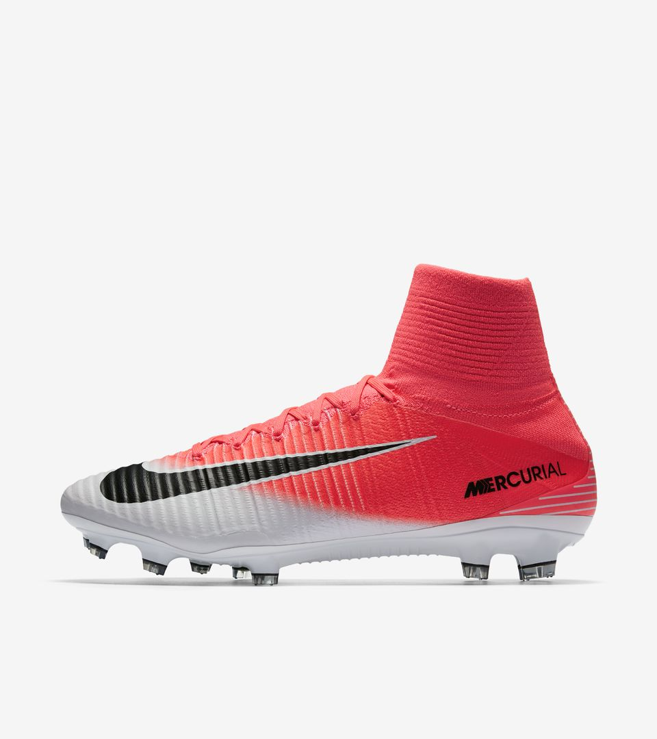 nike mercurial superfly 5 39 motion blur 39 nike football. Black Bedroom Furniture Sets. Home Design Ideas