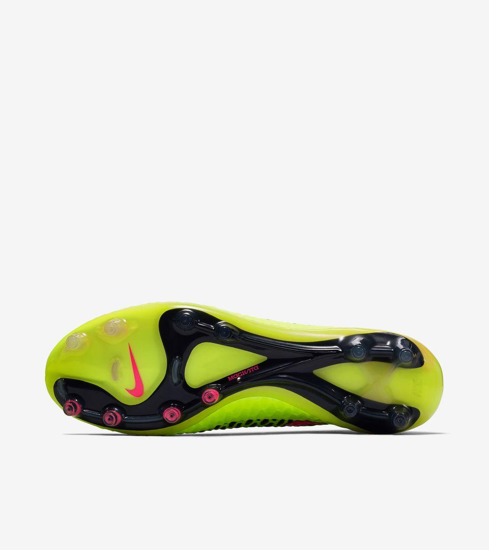 official photos 973ac f48c5 ... Nike Magista Obra   ...