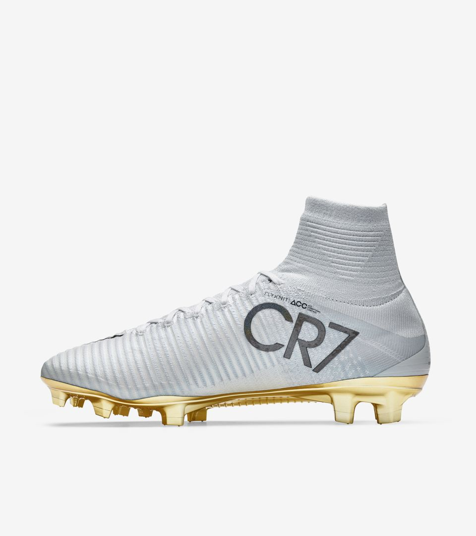 a86316cb76a Cristiano Ronaldo Soccer Cleats For Sale Gold White - CR7 Gold Cleats