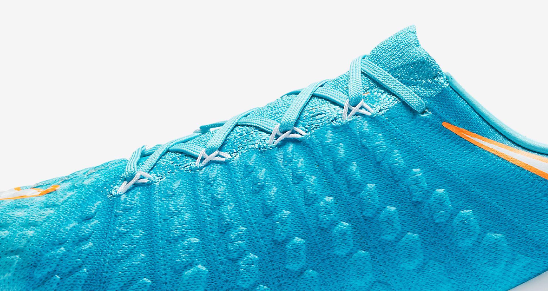 outlet store d9520 ecbf0 Nike Women s Hypervenom Phantom  Motion ...