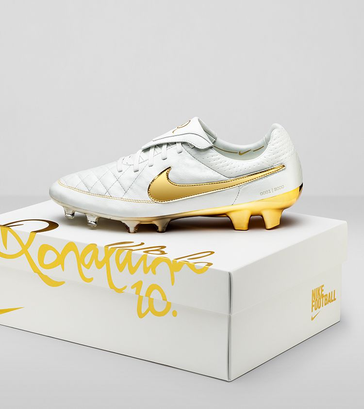 Nike Tiempo Legend 5 '10R Touch of Gold'